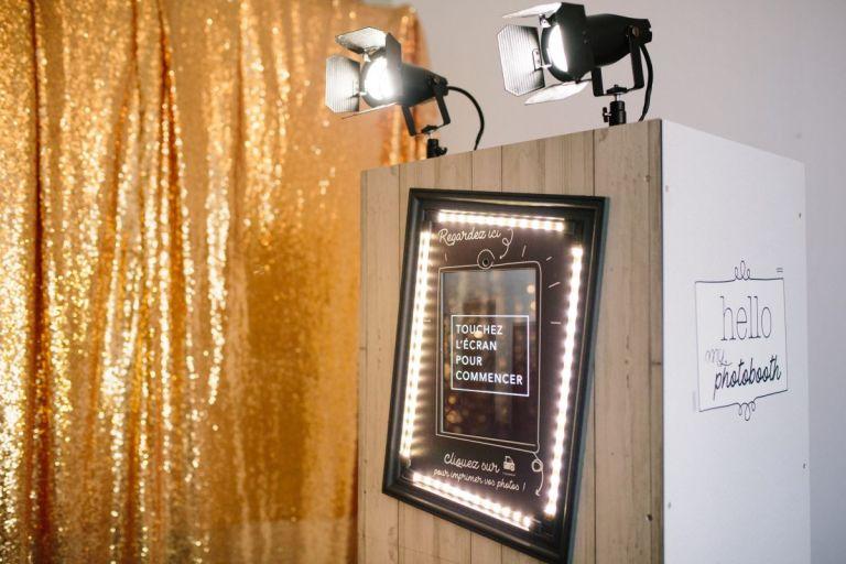 Photobooth mariage fond dorée
