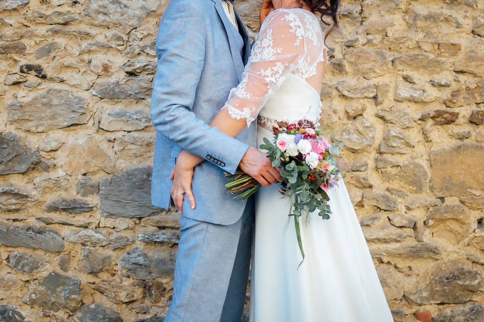 mariage-champetre-costume-bleu-clair