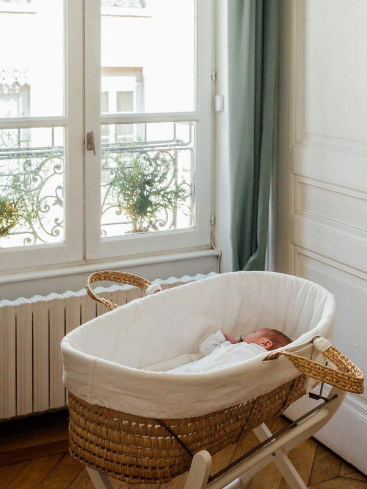 photo-bebe-berceau-osier-photographe-lyon